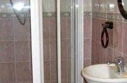 abbey_hotel_london_bathroom_big