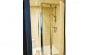 adare_hotel_shower1