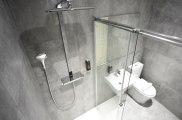 airways_hotel_bathroom2_big