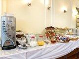astor_court_hotel_breakfast_room1