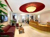astor_court_hotel_lounge