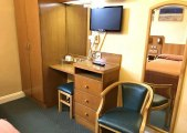 beverley_hyde_park_hotel_room