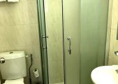 beverley_hyde_park_hotel_shower