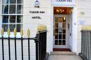 blair_victoria_and_tudor_inn_hotel_entrance6_big