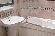 brompton_hotel_london_bathroom_room_big