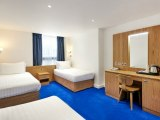 central_park_hotel_london_quad_room1_big