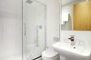 central_park_hotel_london_bathroom1_big