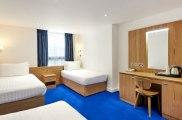 central_park_hotel_london_quad_room1_big