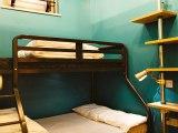 clink78_dorm_room_big