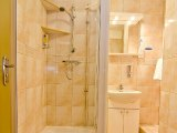 comfort_inn_edgware_road_bathroom1_big