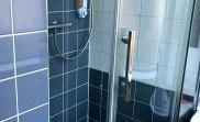 jun16_coronation_house_bathroom
