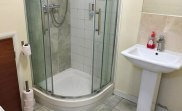 jun16_coronation_house_bathroom1
