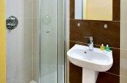 craven_hotel_bathroom3_big