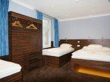 crestfield_hotel_quad1_big