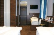 crestfield_hotel_familyroom_big