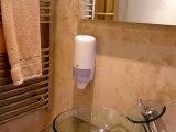 hour_glass_hotel_bathroom3_big