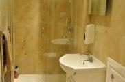 hour_glass_hotel_bathroom4_big