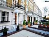 hyde_park_suites_exterior_big