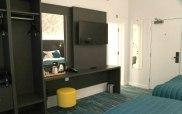 k_hotel_room
