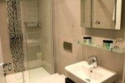 k_hotel_bathroom1