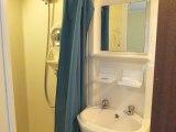 lonsdale_hotel_bathroom_big