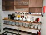 jun15_lucky_8_hotel_breakfast_area1