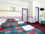 marble_arch_inn_family_room_big