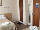 romanos_hotel_room2_big