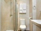 royal_eagle_hotel_london_bathroom_big