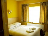 acton_town_hotel_double1_big