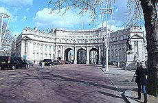 Admiralty Arch set to Become the Hotel Next Door to the Queen