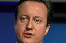 David Cameron Begs Chinese Tourists to Save the British Economy
