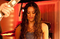 Eliza Doolittle to Sing for Peace One Day at the O2.