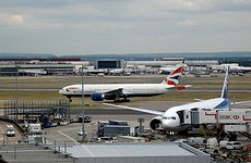 Heathrow Third Runway: David Cameron Now Has 'Open Mind' On Airport's Expansion.