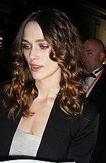 Keira Knightley plans 'covert' wedding to Klaxons' James Righton in Nice this we