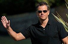 Matt Damon Opens London Pizza Express with Power of a Kiss.
