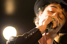 Pete Doherty saved from sinking boat
