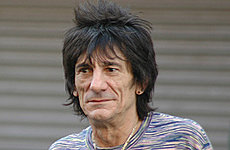 Ronnie Wood forced into silence