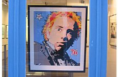 Johnny Rotten Lays Into 'Poncey' Coldplay.