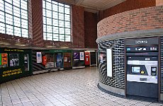 Tube Crime: Card Scammers Fill Their Boots at Unmanned Stations.
