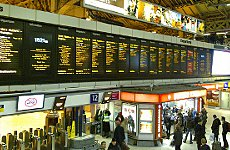 London Train Fare Rises 'Hold Travellers to Ransom' Says Transport Group.