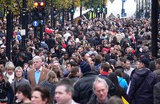 Oxford Street and Regent Street Ban Traffic for Saturday's Shopping Rush