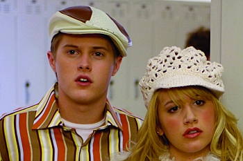 Lucas Grabeel and Ashley Tisdale in High School Musical. (DISNEY CHANNEL/FRED HAYES). ©2006 DISNEY CHANNEL. All Rights Reserved