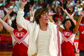 Zachary David Alexander Efron in High School Musical. (DISNEY CHANNEL/FRED HAYES). ©2006 DISNEY CHANNEL. All Rights Reserved
