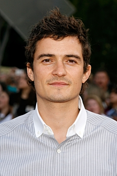 Actor Orlando Bloom at the World Premiere of Pirates Of The Caribbean: At World's End at Disneyland on May 19th, 2007 in Anaheim, California. Kevin Winter. 2007 Disney Enterprises, Inc. All Rights Reserved.