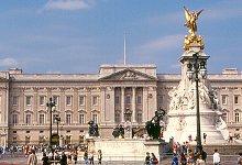 Buckingham Palace. Photo Credit: roger4336. C.C.License