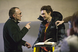 Danny Boyle (Director) and James Franco (Aron Ralston) on set of 127 HOURS. Opulence Studios. Pathe Production UK & Ireland