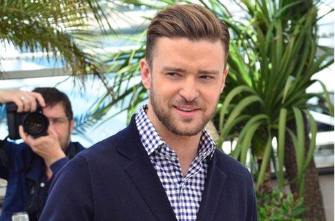 Justin Timberlake set to play Sir Elton John in biopic.
