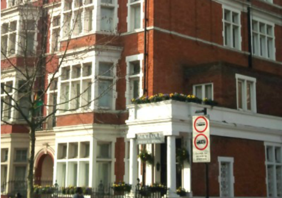 Palace Court Holiday Apartments