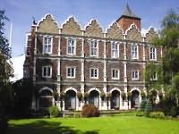 YHA London – Holland House